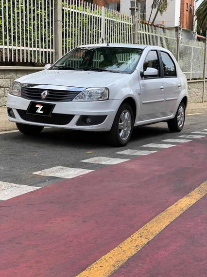 Renault Logan Autentyc 1.6