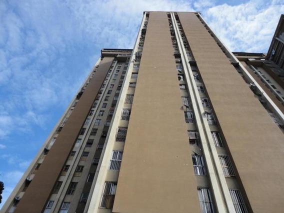 Apartamento En Venta Mls #20-545 Am
