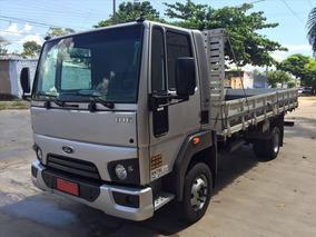 Ford Cargo 816 Prata 2015 Carroceria 4x2