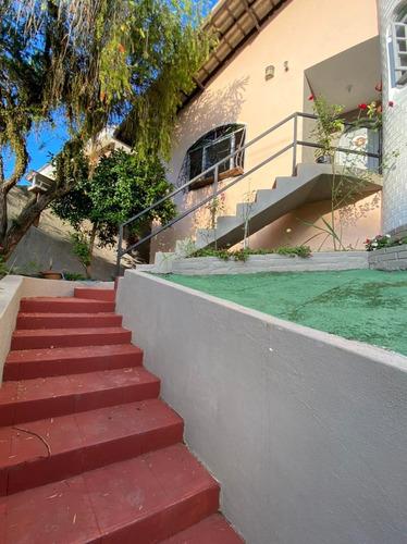 Imagem 1 de 15 de Casa A Venda Com 3 Quartos No Bairro Jardim Itaguacu Em Florianopolis - V-82137
