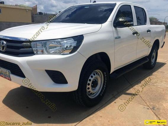 Toyota Hilux Sinc 4x2