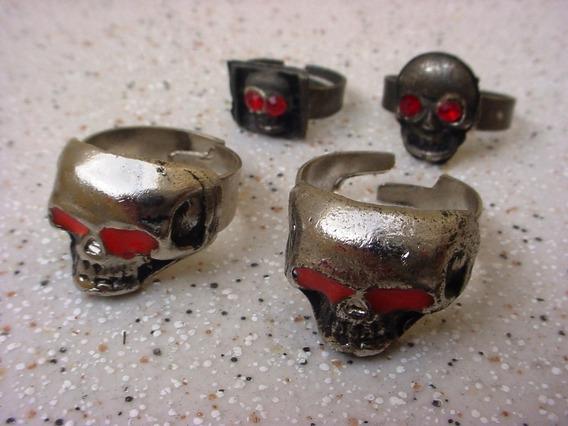 Antigo Coleção Quatro Anéis Caveira Metal Motoqueiros 1960.