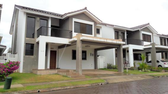Vendo Casa Exclusiva En Ph Olympus, Brisas Del Golf 19-9118*