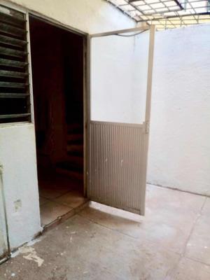 Casa De 2 Pisos 2 Recámaras Zapopan Jalisco Cucea