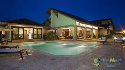 Vendo Villa Amueblada De 6 Hab En Casa De Campo