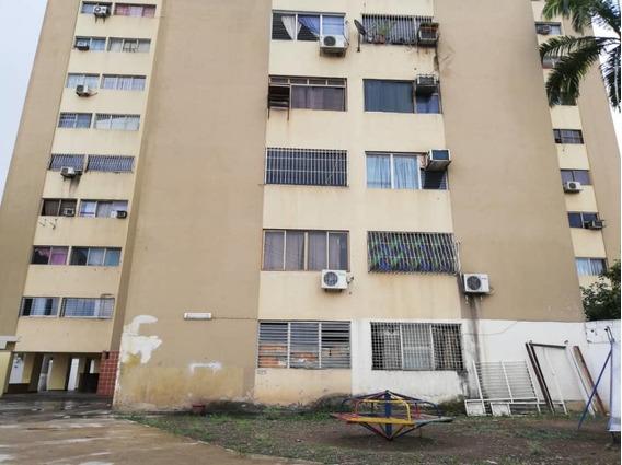Apartamento En Venta Centro Cabudare Rah: 19-10448 Mv
