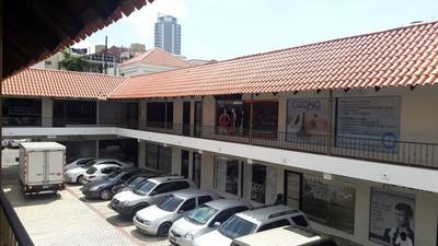 Local Para Oficina En Plaza Asturiana, Ensanche Naco