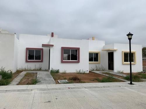 Casa De 1 Nivel En Venta En Fracc. Privado
