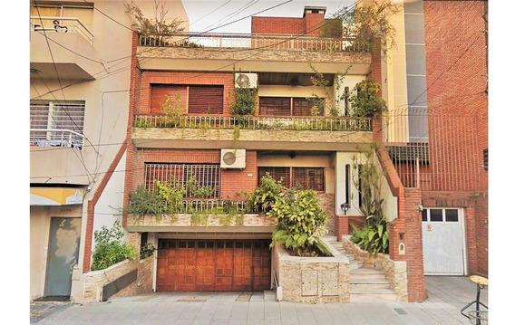 Hermosa Casa En La Mejor Zona De Lanús Oeste