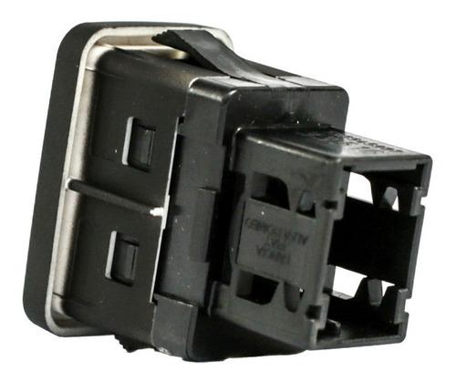 Imagen 1 de 7 de Conector Usb Fiat Linea Manual Absolute 08/13