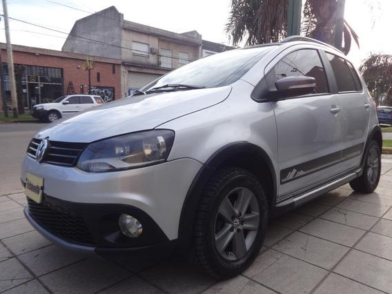 Volkswagen Crossfox Highline C/techo 1.6 { Excelente }