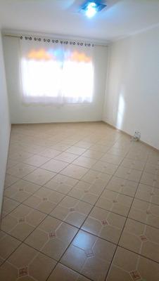 Sobrado Com 03 Dormitórios (sendo 01 Suíte). Ref 82065