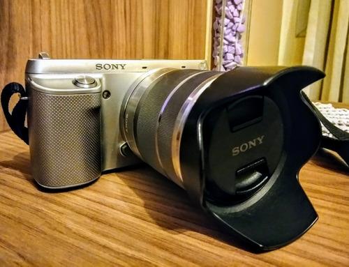 Câmera Sony Semi-profissional Nex-f3k