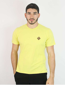 Camiseta Básica Couro Shield - Não Perca