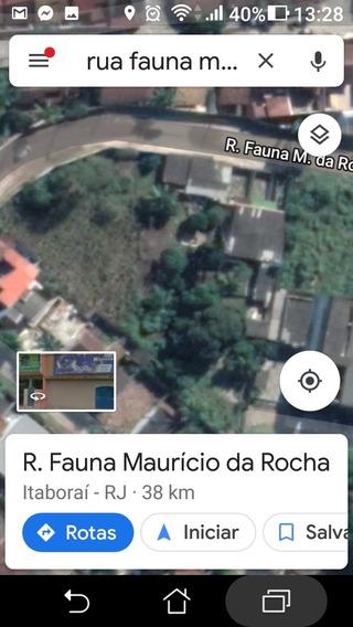 Area Toda Murada, Cercada Por Condominios