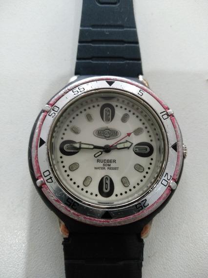Relógio Magnum Rubber Um Clássico Dos Anos 80. Um Show.