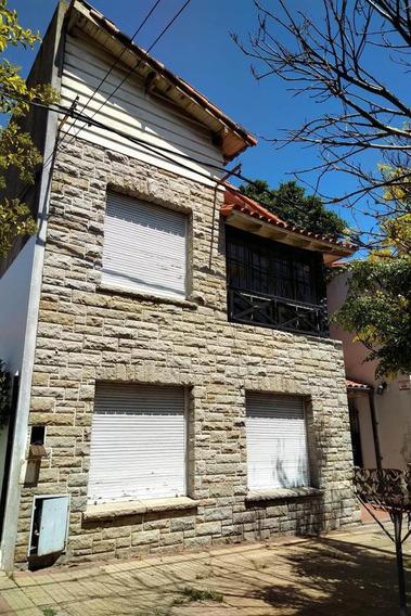 Alquiler - Casa - 4 E33 Y 34 - 3 Dormitorios