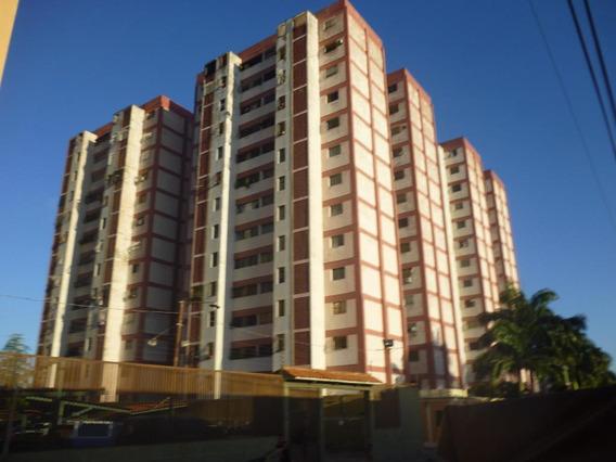 Apartamento En Venta Barquisimeto Oeste 20-22898 As