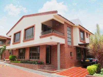 Casas En Venta Vergel 642-3715