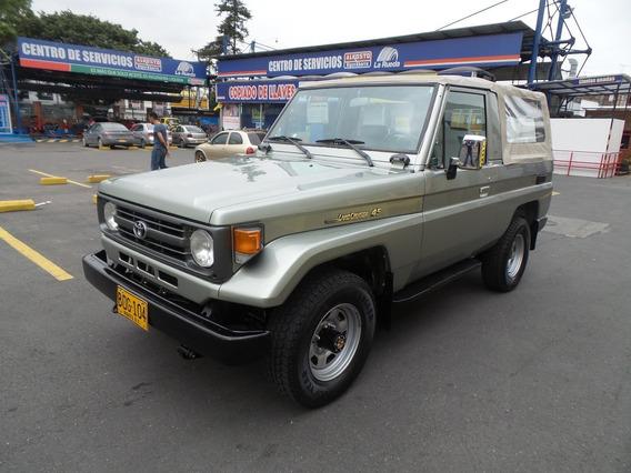Toyota Land Cruiser Fzj 73 Mt 4500cc 4x4