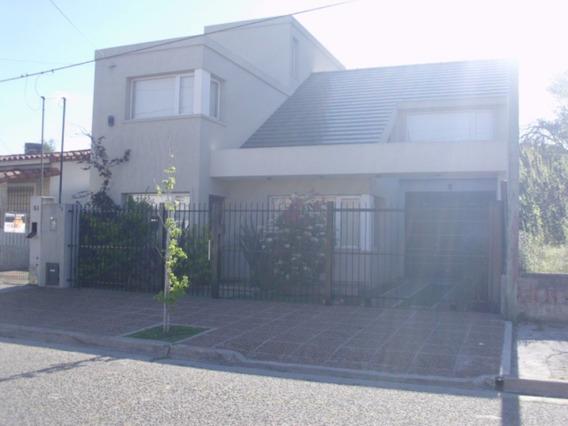 Gran Chalet En Barrio Residencial Santa Teresita