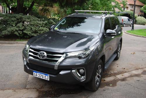 Toyota Hilux Sw4 Tdi Srx 2.8 At 2016