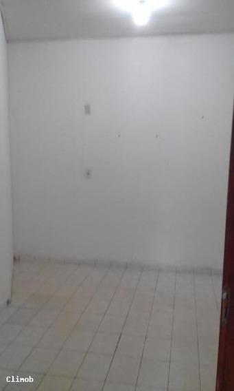 Casa Em Setor De Mansões De Sobradinho, Brasília/df De 40m² 1 Quartos Para Locação R$ 550,00/mes - Ca571622