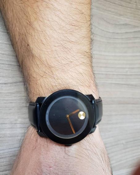 Relógio Movado Bold.