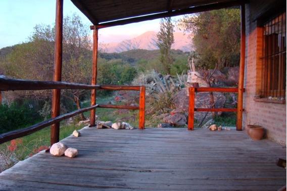 Casa Con Cabaña En Venta En La Poblacion Traslasierra Cordob