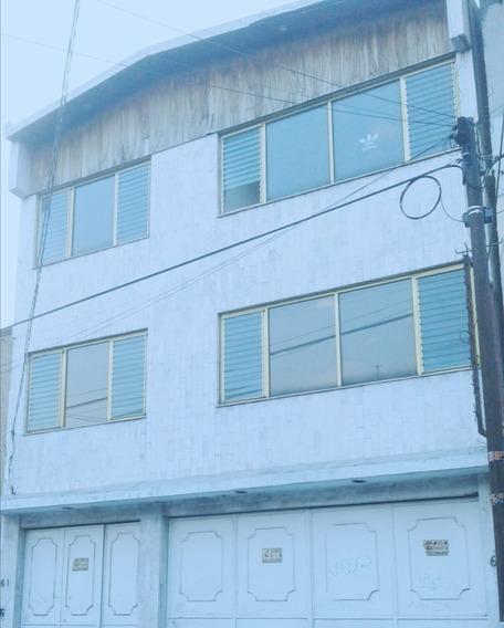 Casa De 4 Recamaras Y 2 Baños Y Medio