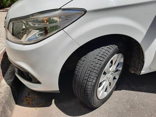 Imagem 1 de 6 de Chevrolet Onix 2014 1.0 Lt 5p