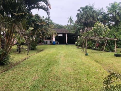 Chácara No Litoral Com 4 Dormitórios Em Itanhaém/sp Ch003-pc