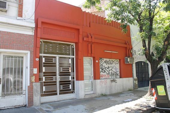 Acoyte 1100 Villa Crespo Casa Con Lote, 5 Amb. Patio. Quincho Tza. Pque. Centenario.