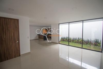 Nueva Casa En Venta, Fracc. Cerrado, Zona Plaza Explanada
