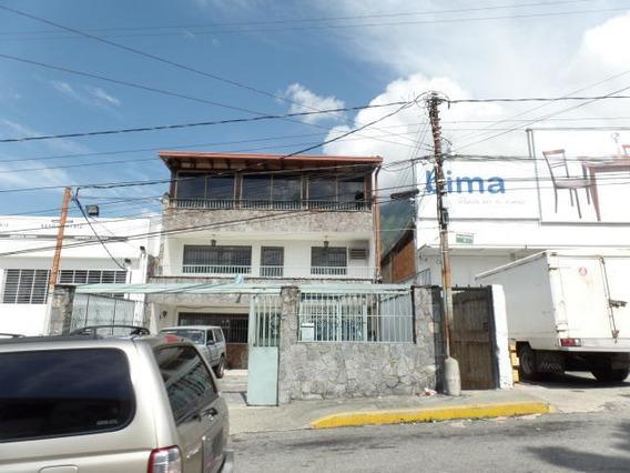 Casa En Venta En Los Chorros Ccs Cod 18-2754 Yelixa Arcia