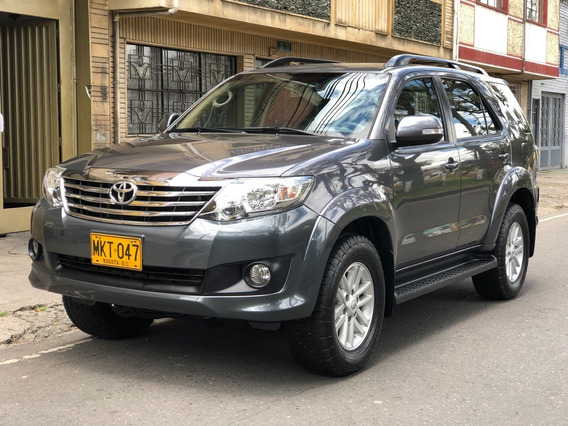 Totoya Fortuner Sr5 4x4 2700icc At 7psj Aa Ab Abs Dh Fe