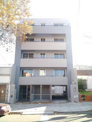Alquila Cochera Descubierta Villa Urquiza - Ibera 5371