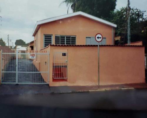 Vende-se Casas Ou Ponto Comercial Na Americo Batista Em Ribeirão Preto-sp, Com 4 Casas ( 2 Casas Com 2 Dormitórios, 1 Vaga De Garagem, Espaço Amplo - Kccv40001 - 68959546