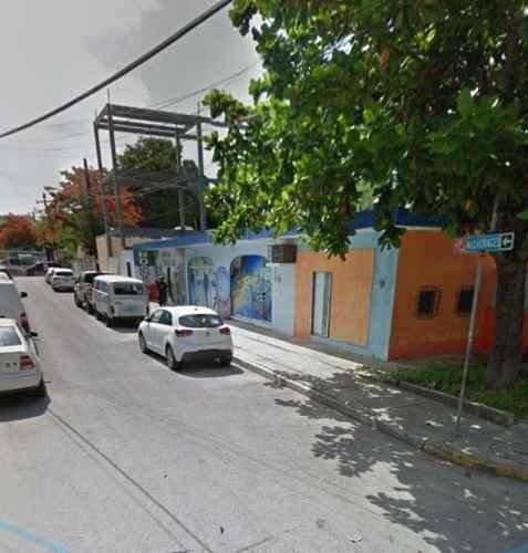 Hostal En Venta En El Centro De Cancún C2060