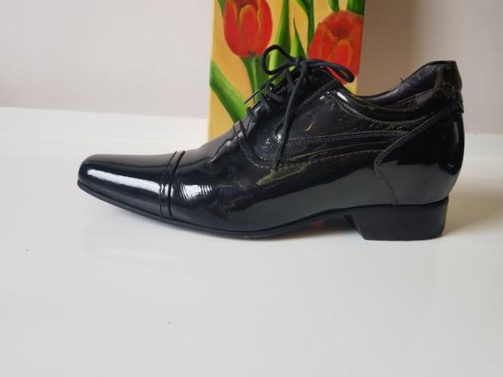 Sapato Masculino N° 41 Dipolini Com Salto De 7 Cm