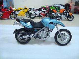 Miniatura Moto Bmw F650gs 1/18 Maisto Azul #7174
