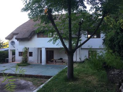 Casa En Alquiler Anual En Las Toscas Sur 4 Dormitorios