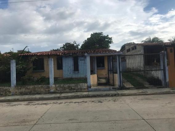 Casa En Venta Eucaris Marcano 04144010444 Cod:392028