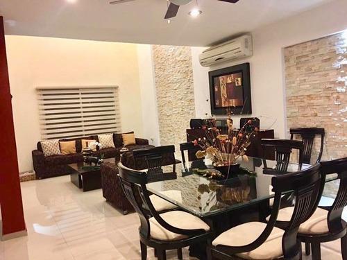 Casa En Venta En Residencial Real Del Angel En Villahermosa