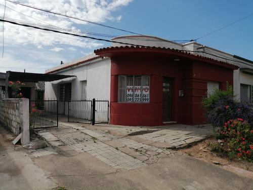 Casa Centrica San Bautista Con Solar Amplio 600 M2