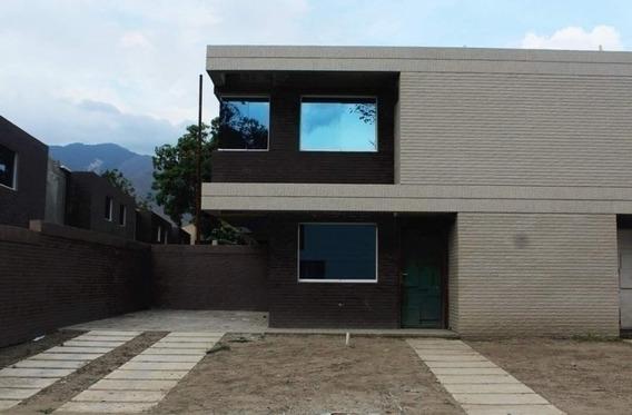 Townhouse Casa Verde La Cumaca 200 M2 Código 368680 Gg