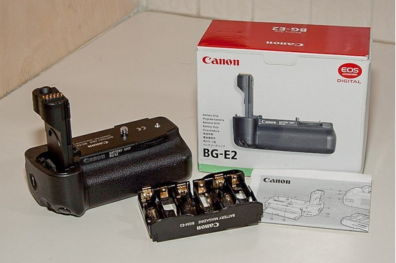 Canon Battery Grip Bg E2