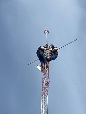 Instalación De Torres Arriostrada Y Venta De Equipo De Redes