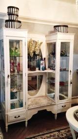 Antiguidade: Cristaleira Provençal Laqueada Branca Anos 40