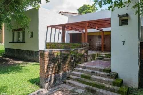 Casas En Venta En Colinas De Santa Bárbara, Colima
